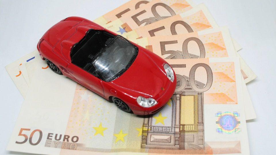 Voor een korte periode een autoverzekering nodig? Kijk eens naar prepaid!