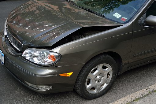 Tweedehands auto met schade verkopen